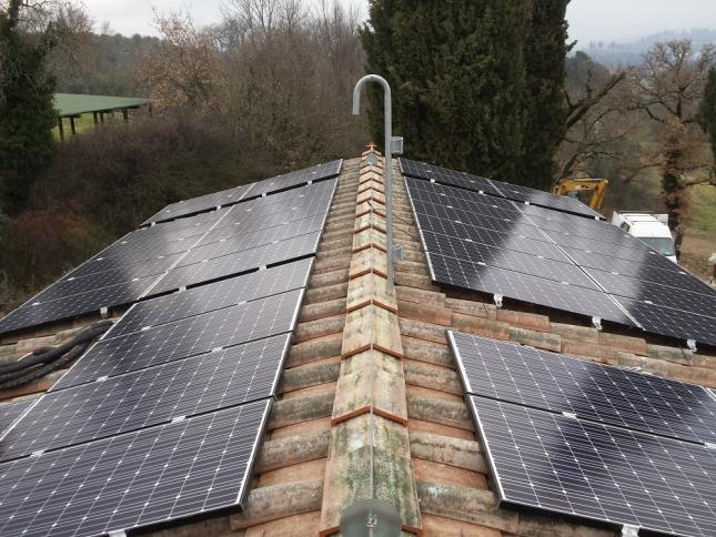 Due impianti fotovoltaici da 5,76 kWp ad Arezzo (AR)