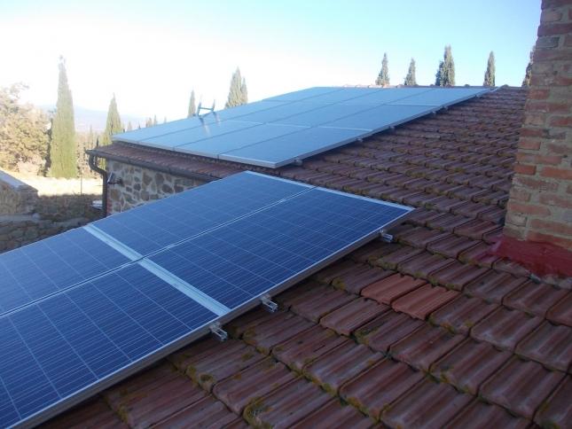 Impianto fotovoltaico da 4,32 kWp a Scansano (GR)