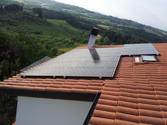 Impianto fotovoltaico da 4,00 kwp a Peccioli (PI)