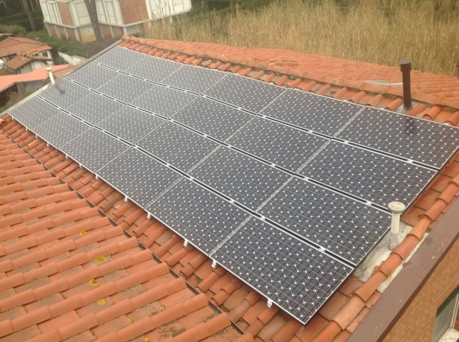 Impianto fotovoltaico da 6,00 kWp a Camaiore (LU)